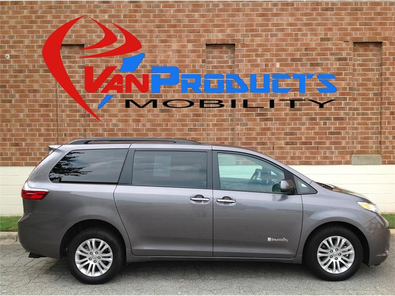 2017 Toyota Sienna XLE  for sale by dealer