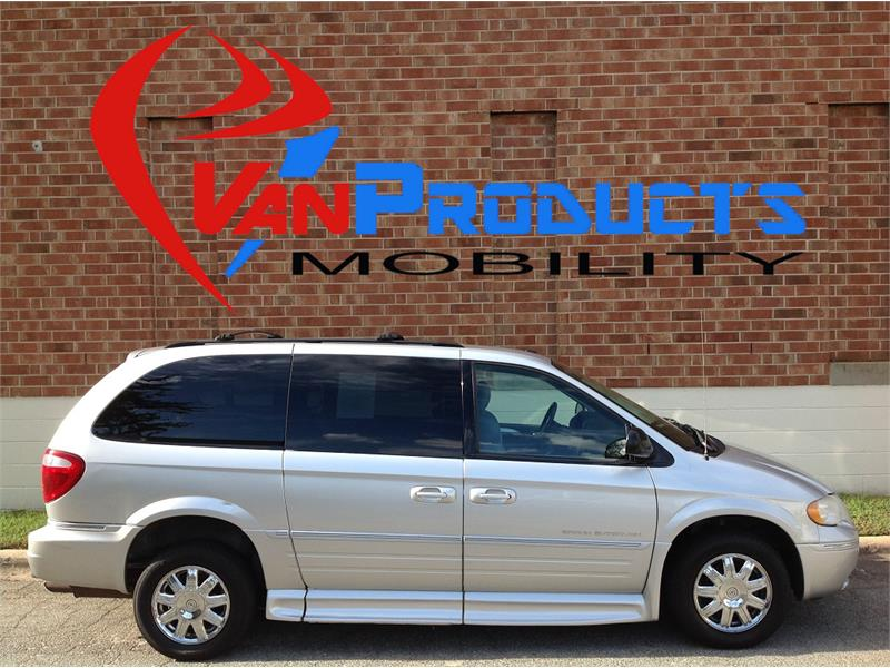 2007 Chrysler Town & Country  for sale by dealer