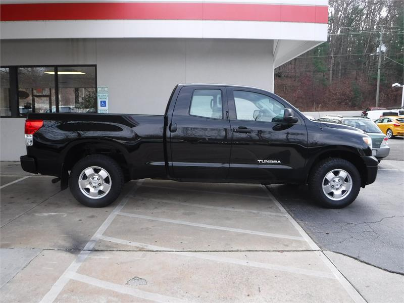 2011 toyota tundra double cab sr5 for sale in asheville. Black Bedroom Furniture Sets. Home Design Ideas