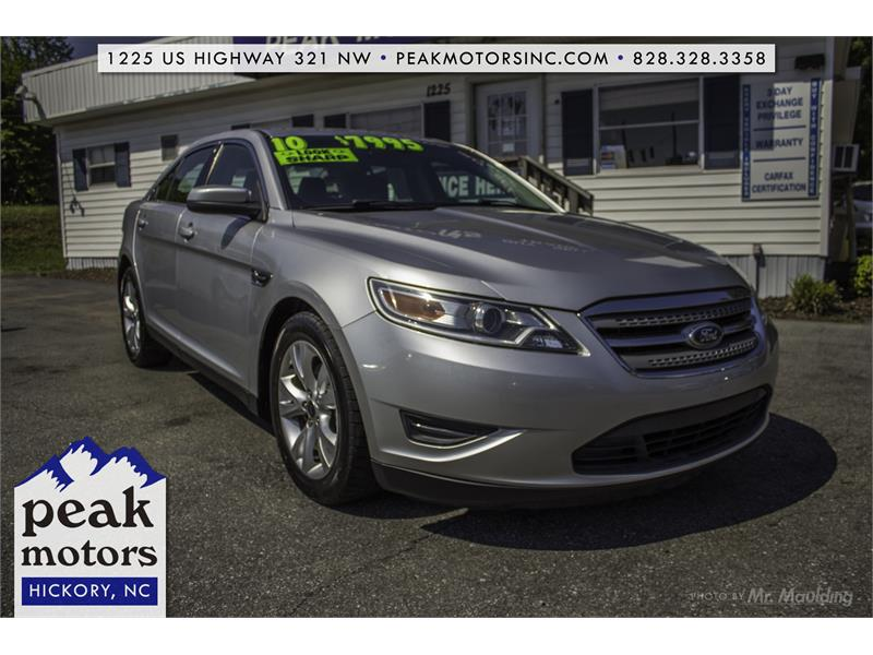 2010 Ford Taurus SEL for sale!