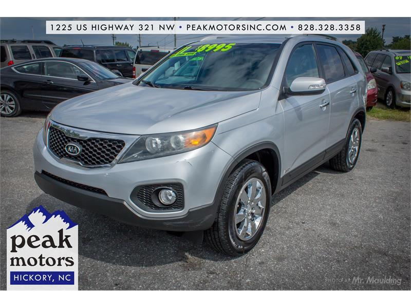 2011 Kia Sorento LX for sale!
