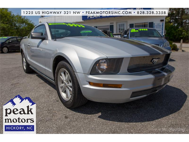 2005 Ford Mustang for sale by dealer