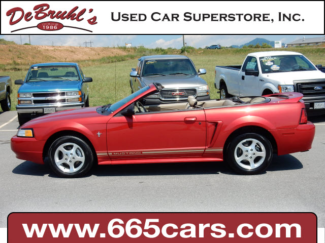 2000 Ford Mustang Base for sale by dealer