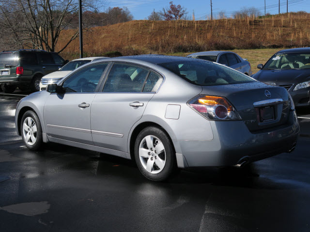 2008 nissan altima 2 5 s for sale in asheville. Black Bedroom Furniture Sets. Home Design Ideas