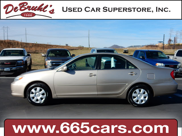 2004 Toyota Camry XLE for sale by dealer