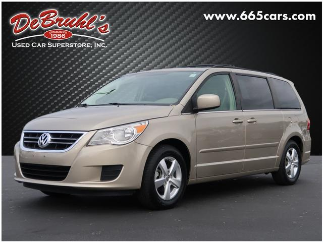 2009 Volkswagen Routan SE for sale by dealer