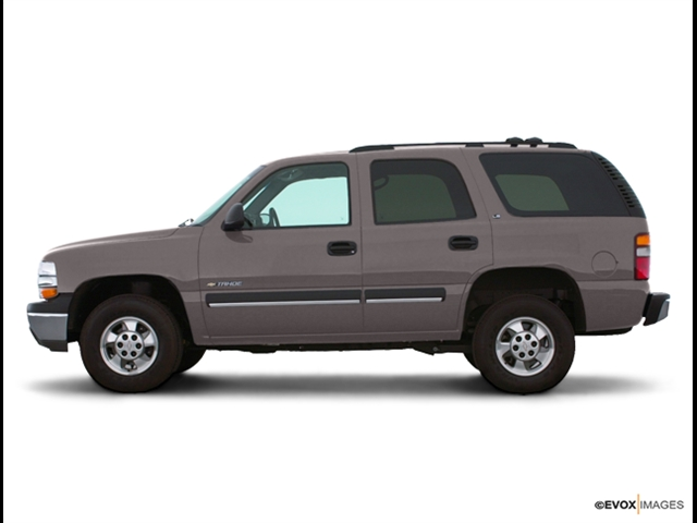2000 Chevrolet Tahoe for sale by dealer