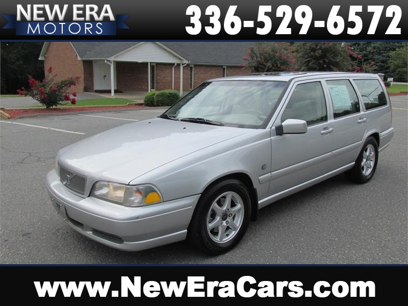 1999 Volvo V70 Leather! Cheap! for sale by dealer