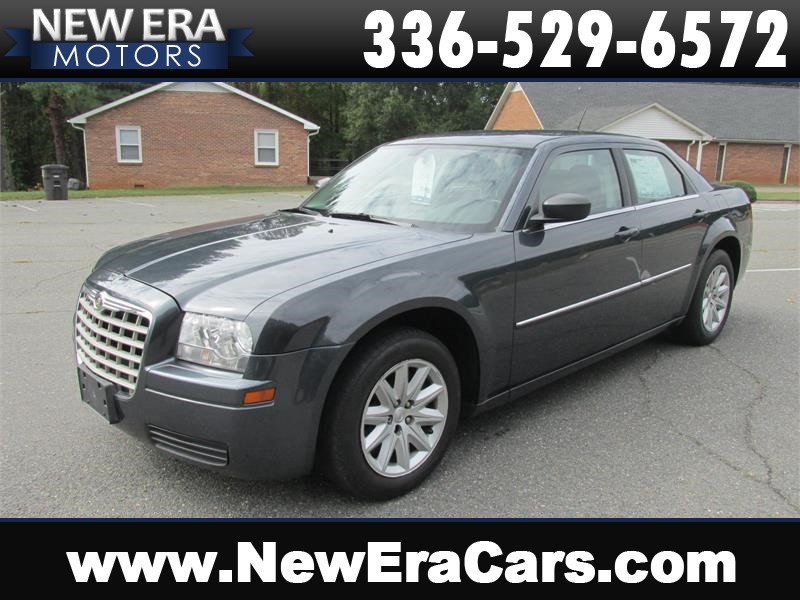 2008 Chrysler 300 LX Nice! Clean! Winston Salem NC