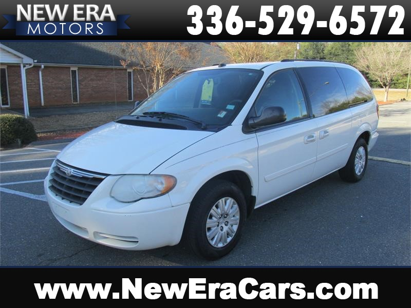 2005 Chrysler Town & Country LX Nice! Clean! Winston Salem NC