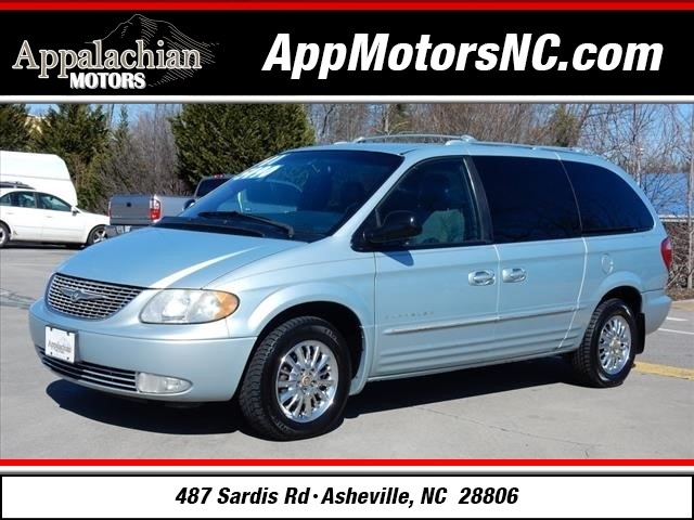 2001 Chrysler Town & Country Limited for sale by dealer