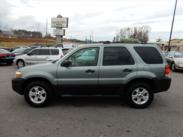 Ford Escape XLT For Sale In Asheville - 2006 escape