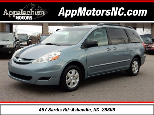2010 toyota sienna le 7 passenger for sale in asheville. Black Bedroom Furniture Sets. Home Design Ideas