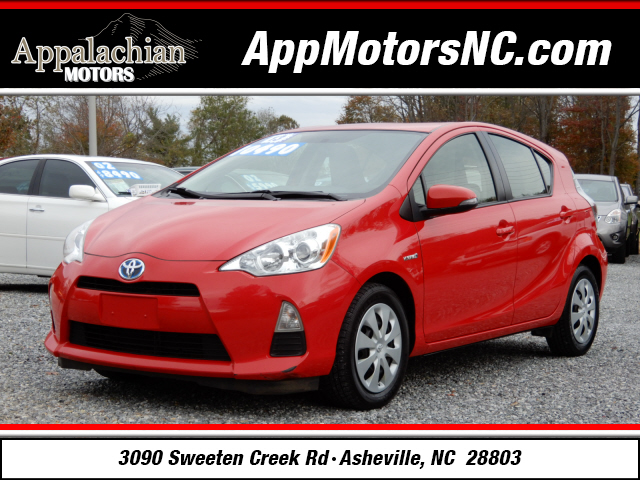 2013 Toyota Prius C for sale by dealer