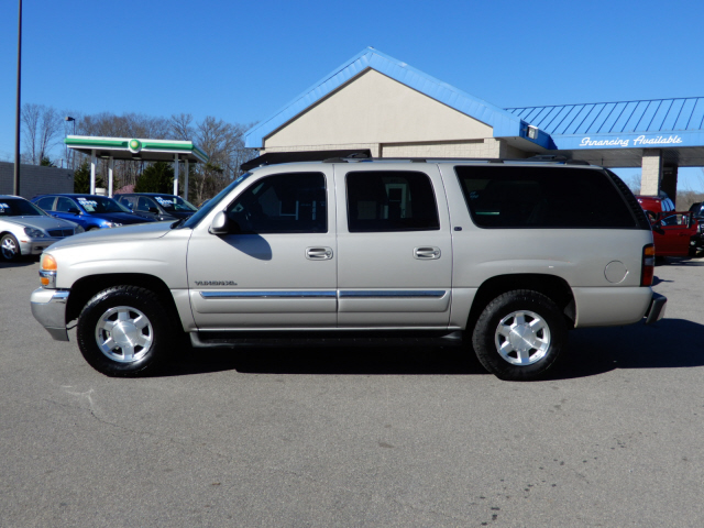 2004 gmc yukon xl 1500 slt for sale in asheville. Black Bedroom Furniture Sets. Home Design Ideas