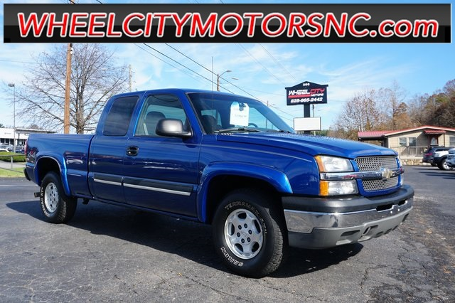 2004 Chevrolet Silverado 1500 LT for sale by dealer