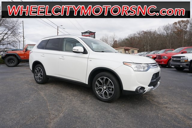 2015 Mitsubishi Outlander GT for sale by dealer