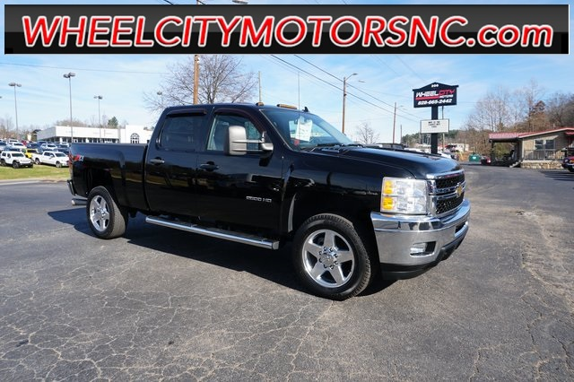 2011 Chevrolet Silverado 2500HD LT for sale by dealer