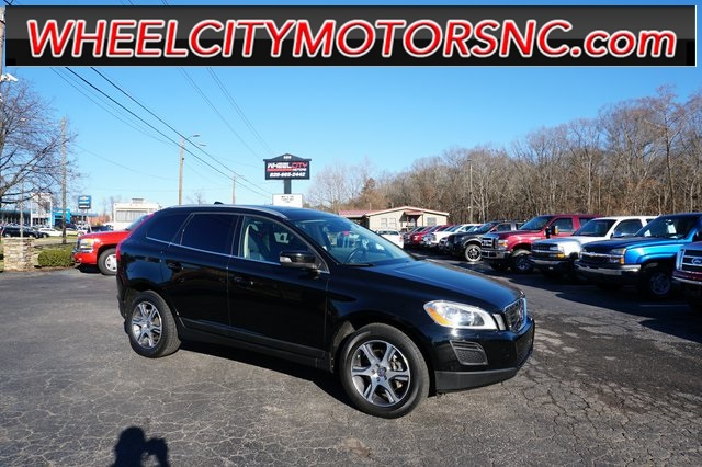 2013 Volvo XC60 T6 for sale by dealer