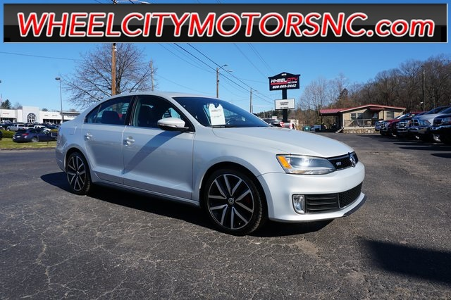 2013 Volkswagen Jetta GLI for sale by dealer