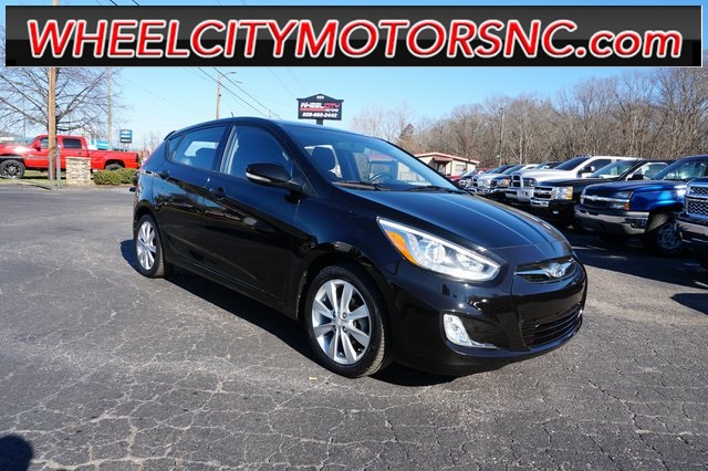 2014 Hyundai Accent SE for sale by dealer