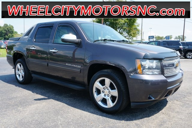 2010 Chevrolet Avalanche 1500 LT for sale by dealer