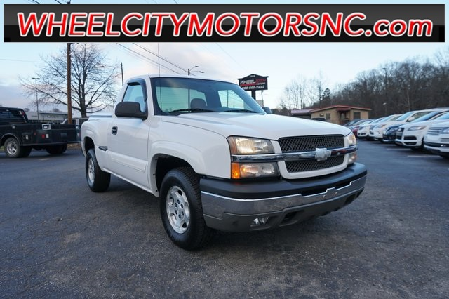 2004 Chevrolet Silverado 1500 Z71 for sale by dealer