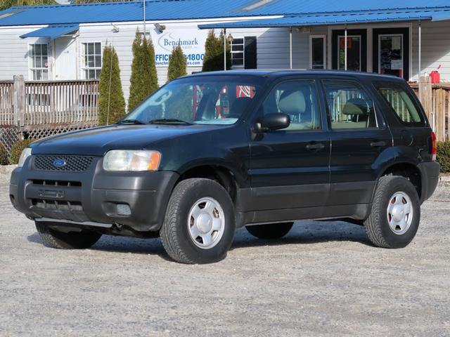A used 2004 Ford Escape XLS Asheville NC