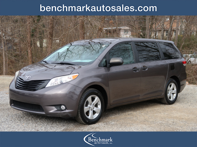 A used 2012 Toyota Sienna 7-Passenger Asheville NC