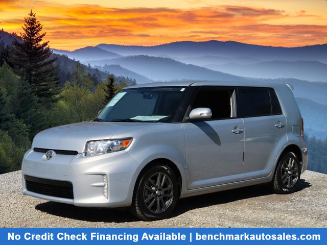 A used 2013 Scion xB 10 Series 4dr Wagon 4A Asheville NC