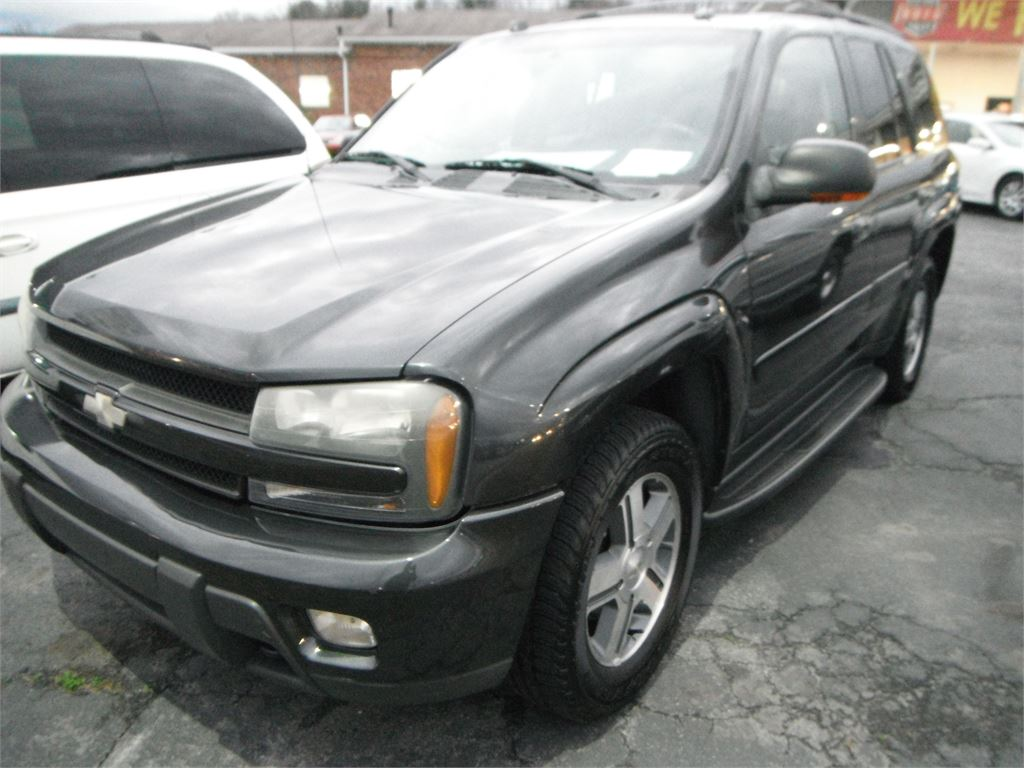 2005 Chevrolet TrailBlazer LT 4WD for sale by dealer