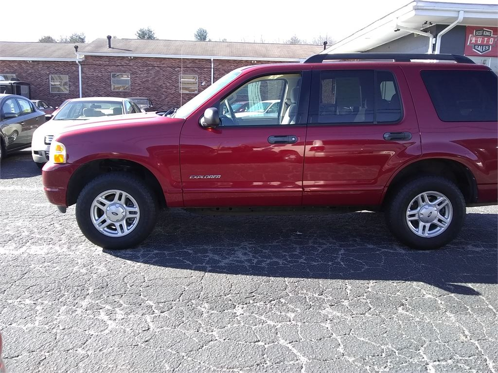 2005 Ford Explorer XLT 4.0L 2WD for sale by dealer