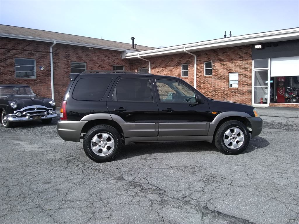 2003 Mazda Tribute LX 4WD for sale by dealer