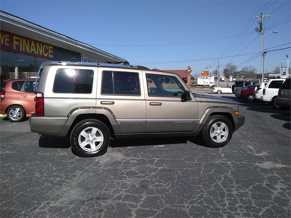 2006 Jeep Commander Limited 2WD for sale by dealer