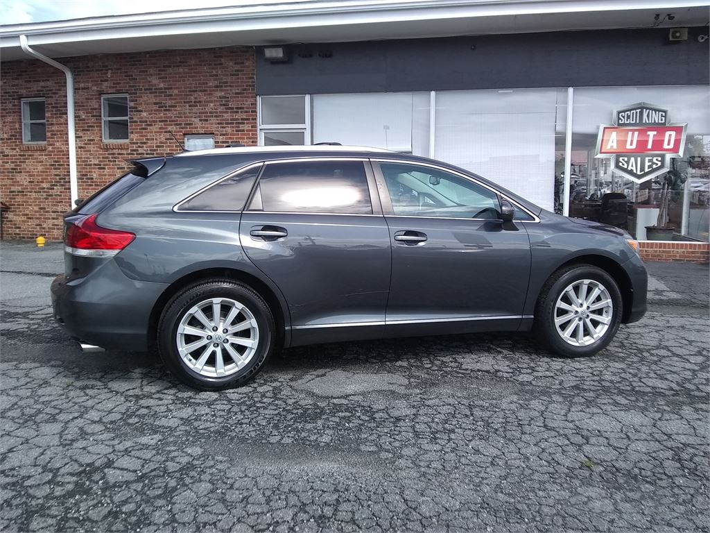 2010 Toyota Venza 4X4 I4 for sale by dealer