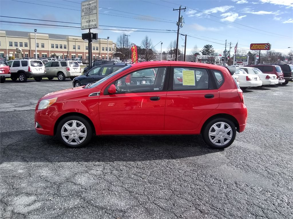 2010 Chevrolet Aveo5 LT for sale by dealer