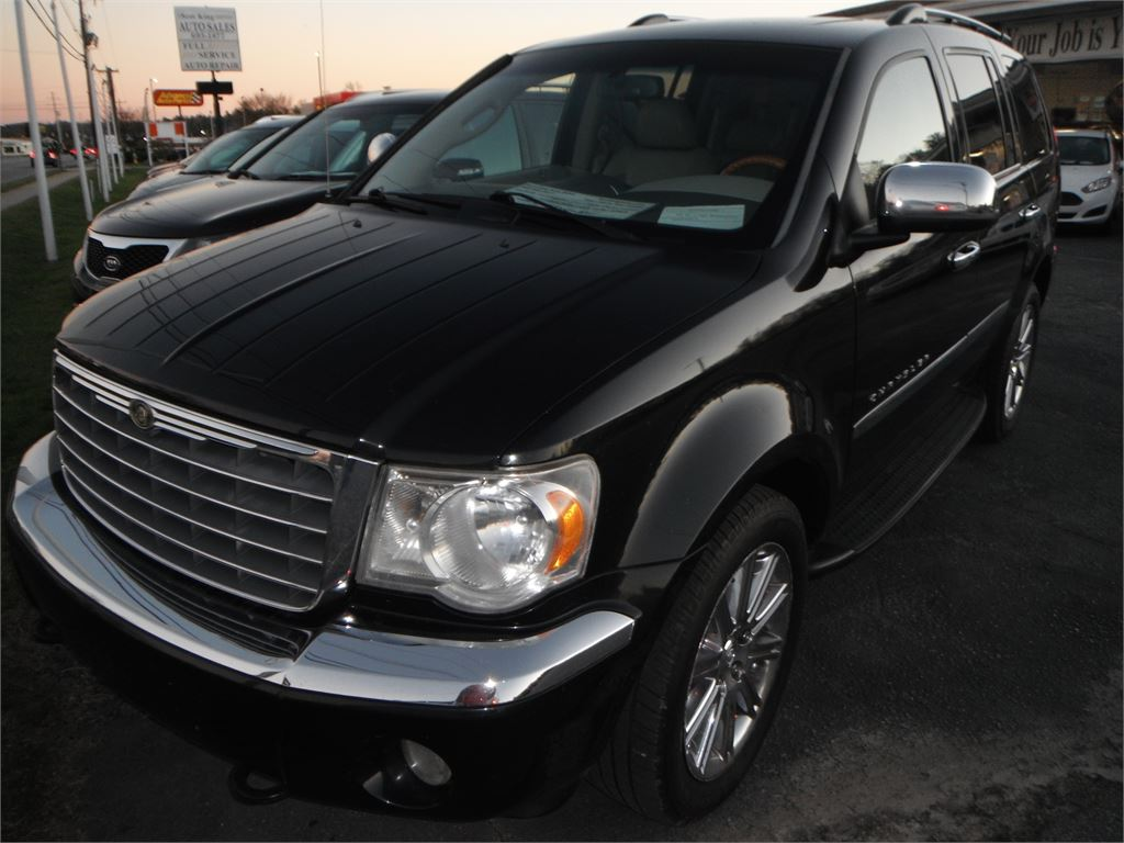 2008 Chrysler Aspen Limited 4WD for sale by dealer