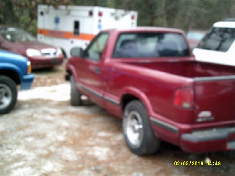 2000 CHEVROLET S10 for sale by dealer