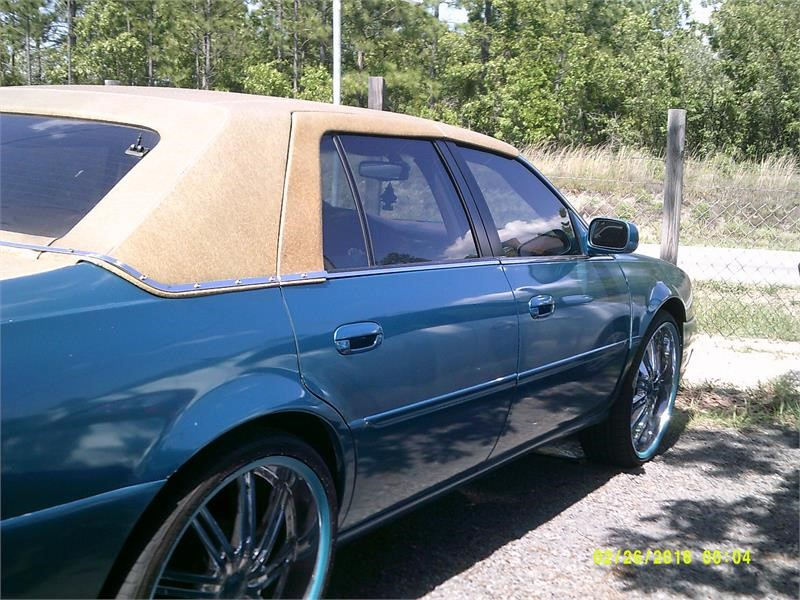 2001 CADILLAC DEVILLE DHS for sale by dealer