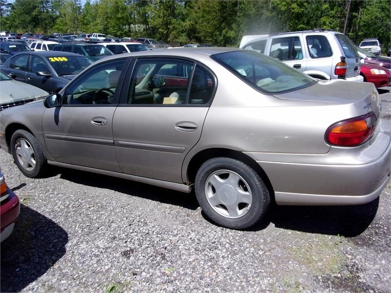 2000 CHEVROLET MALIBU for sale by dealer