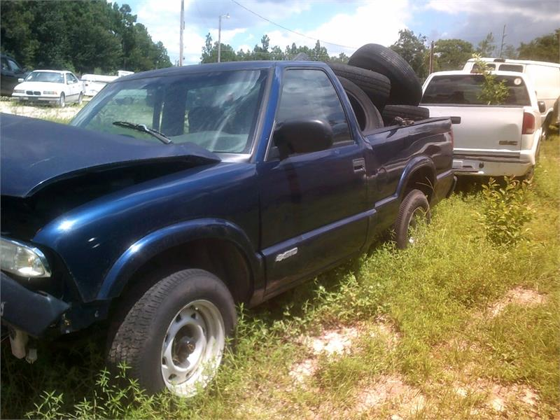 2002 CHEVROLET S10 for sale by dealer