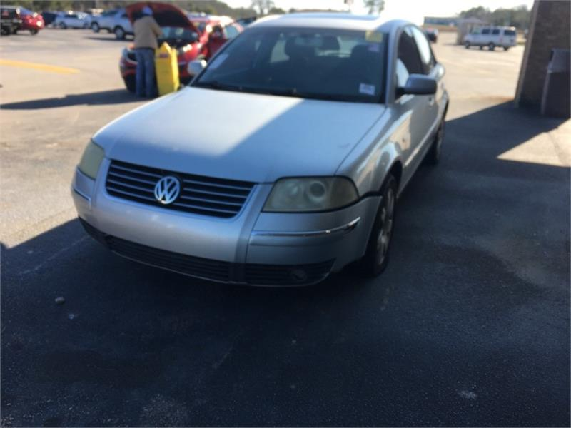 2003 VOLKSWAGEN PASSAT GLX for sale by dealer