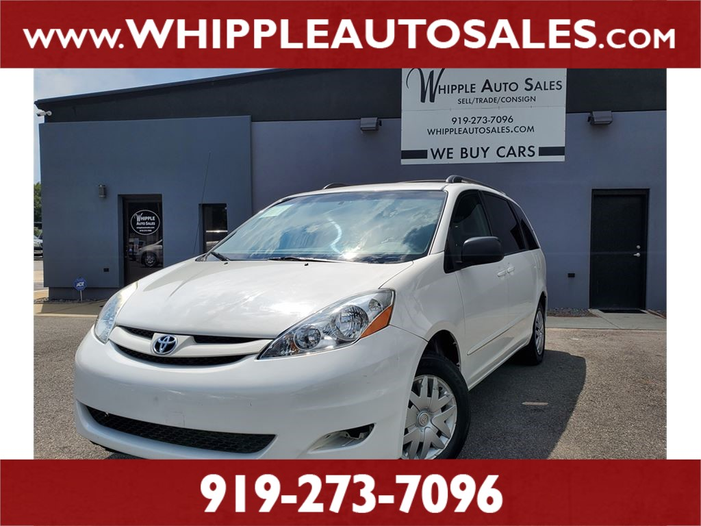 2006 TOYOTA SIENNA LE for sale by dealer