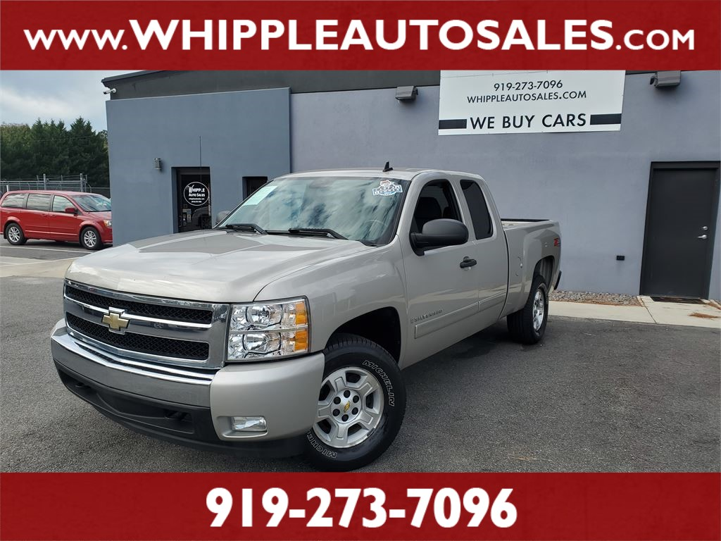 2008 CHEVROLET SILVERADO LT (1-OWNER) for sale by dealer