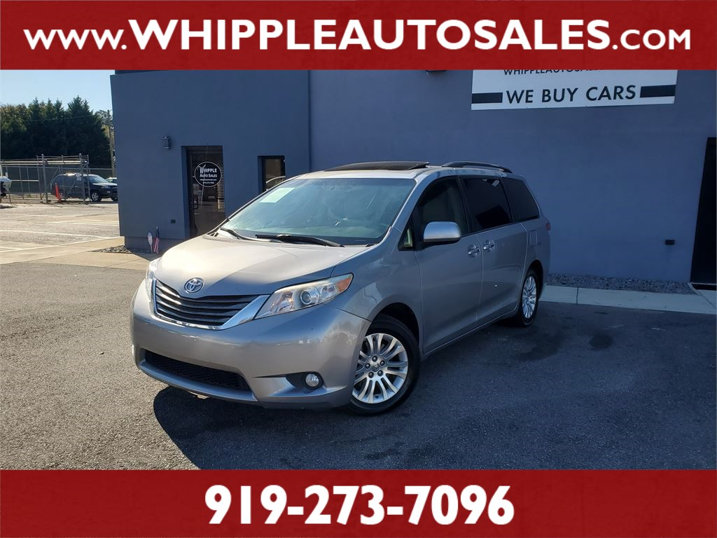 2013 TOYOTA SIENNA XLE (1-OWNER) for sale by dealer