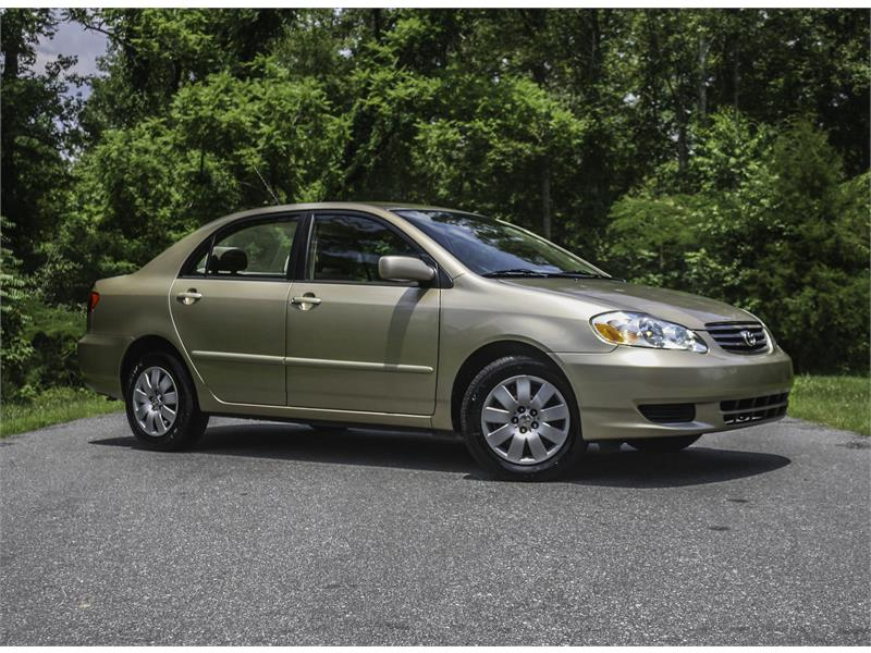 2004 Toyota Corolla LE for sale by dealer