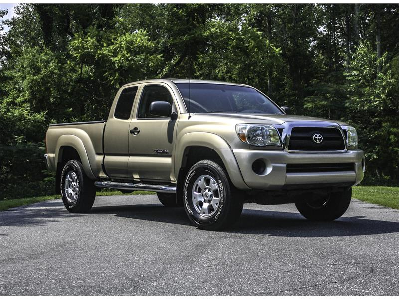 2006 Toyota Tacoma Access Cab 4WD for sale by dealer