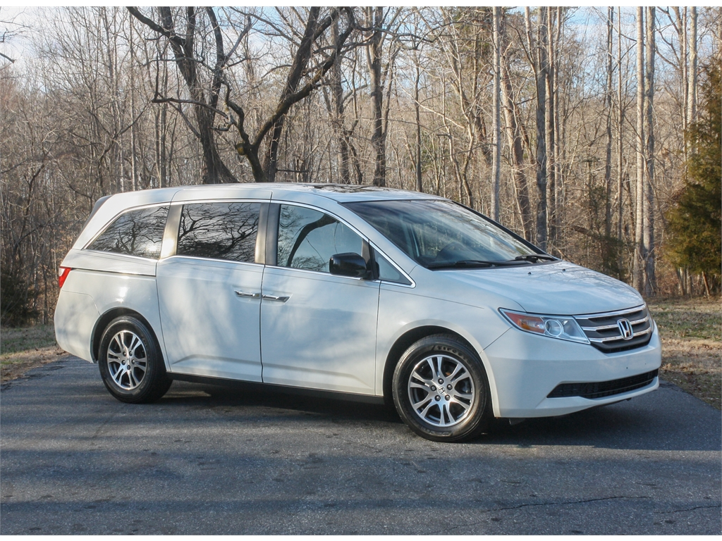 2011 Honda Odyssey EX-L for sale by dealer