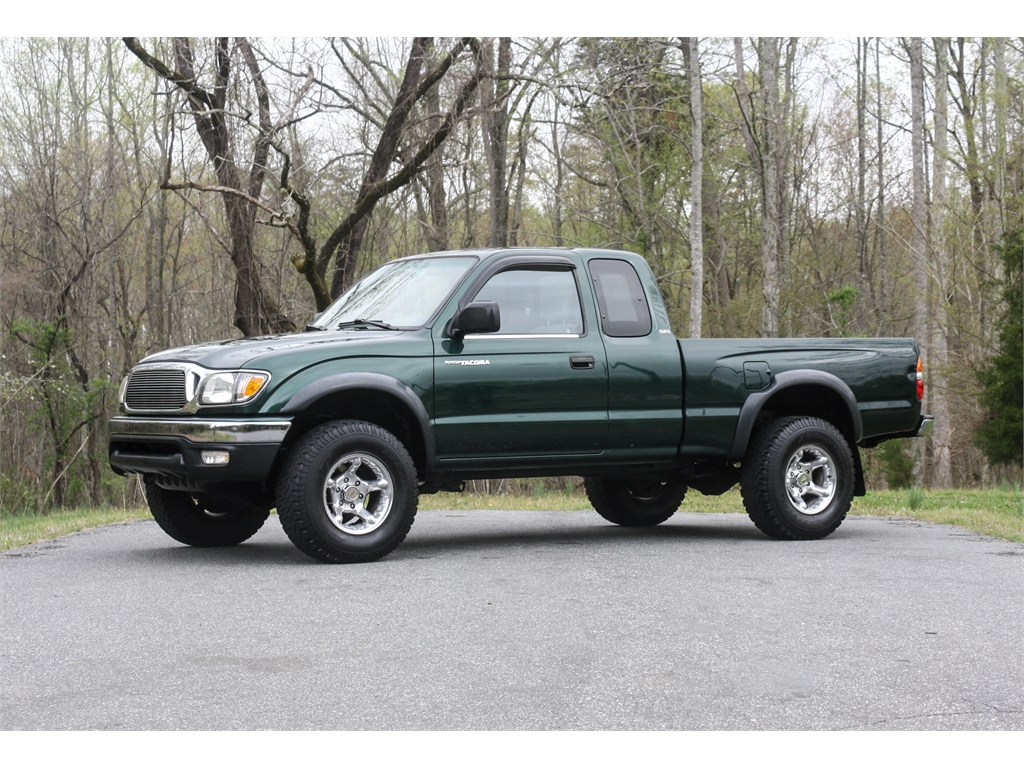2001 Toyota Tacoma Xtracab 4WD for sale by dealer
