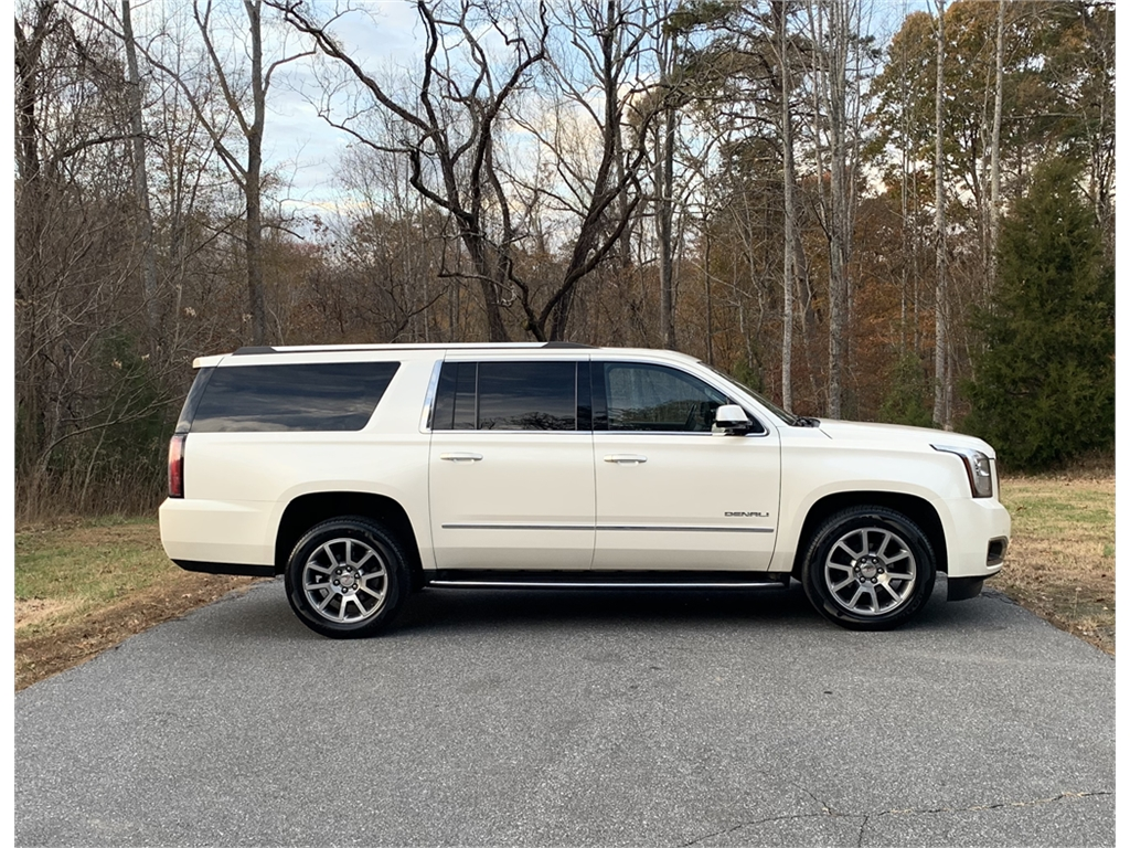 2015 GMC Yukon Denali XL 4WD for sale by dealer